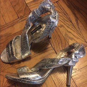 Shoes - GORGEOUS SILVER PARTY HEELS 7.5